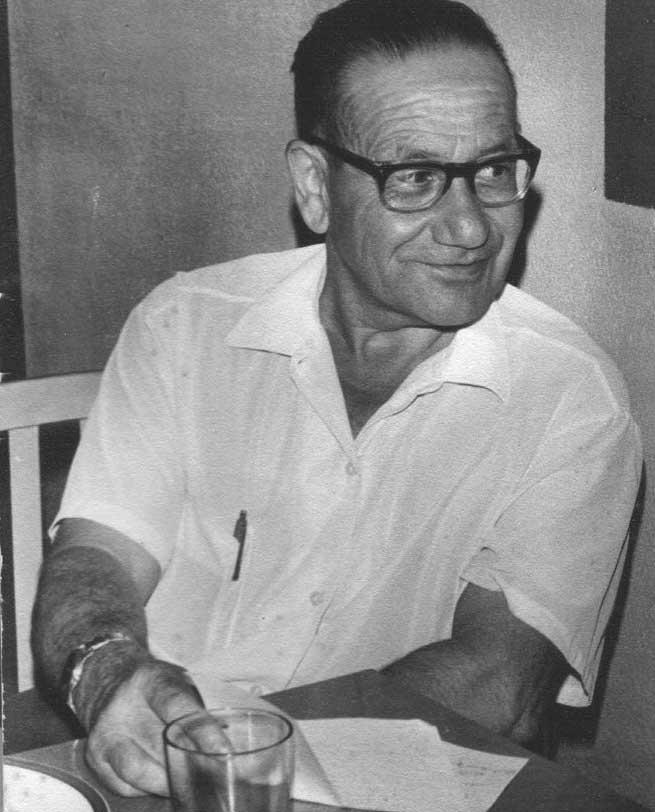 Enrique Behrend presidente Cooperativa 1955
